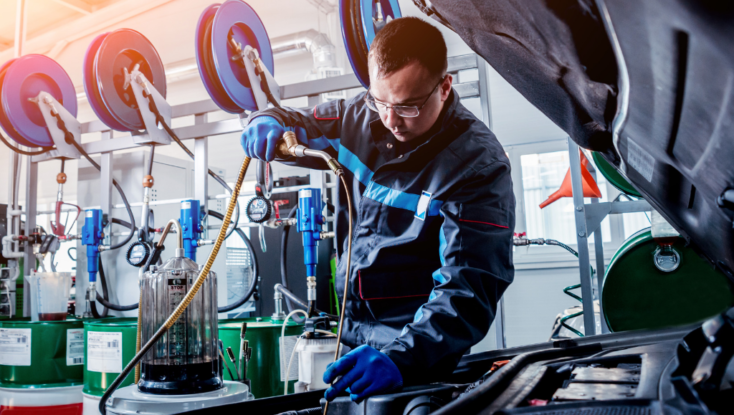 What Qualifications do You Need to be a Motor Mechanic in Hampton Roads?