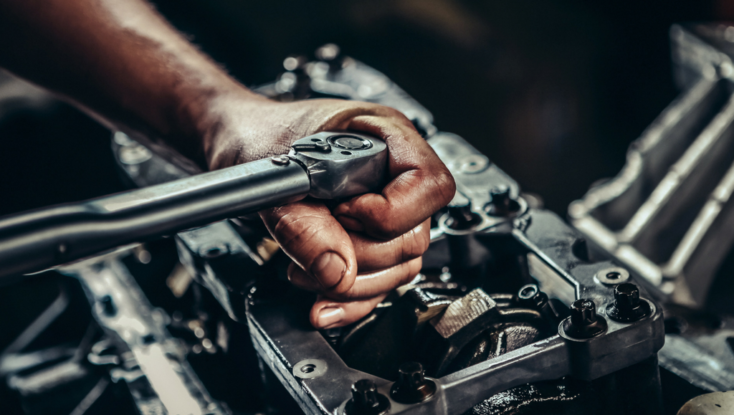 Auto Mechanic School in Virginia: Will there Be Hands-On Education?